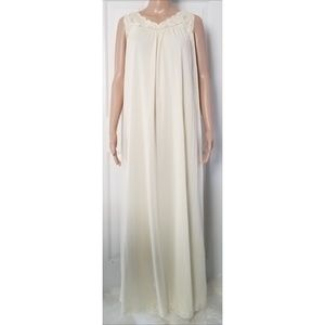 Vintage Shadowline Long Nightgown